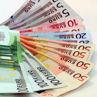 remuneration-argent-billets-banque-prime-indemnité-adminis avocats